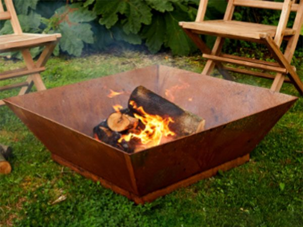 square fire pit made from corten steel